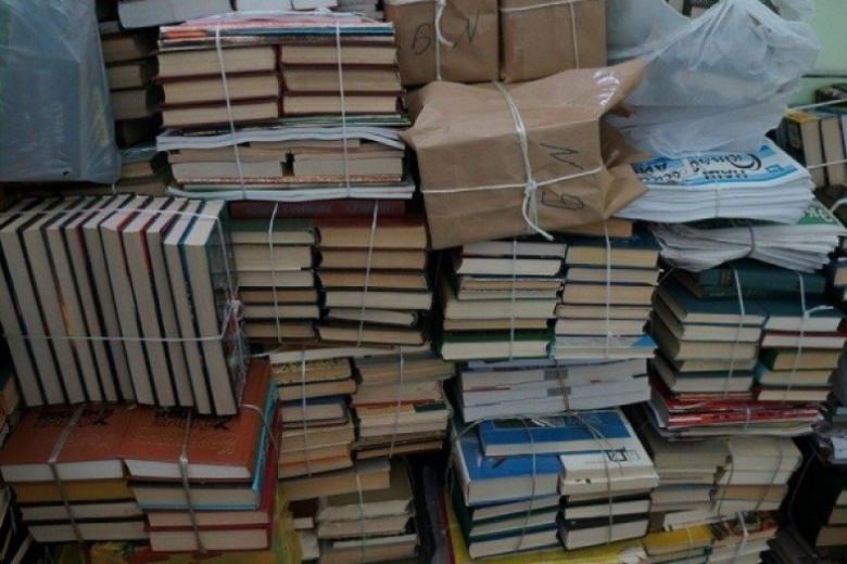Сдать ненужные книги в макулатуру дорого