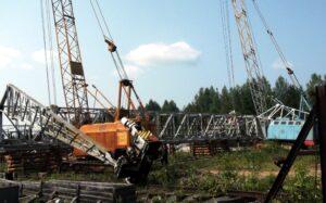 Демонтаж строительных кранов на металлолом